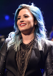 Demi Lovato performed at Y100's Jingle Ball 2013 wearing a statement-making multi-chain necklace.