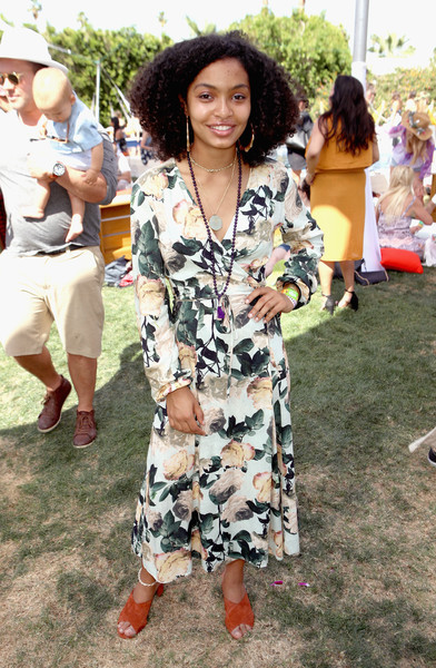 Yara Shahidi Wrap Dress [clothing,fashion,street fashion,dress,shoulder,footwear,event,fashion design,long hair,style,american express platinum house,the parker palm springs,california,yara shahidi]