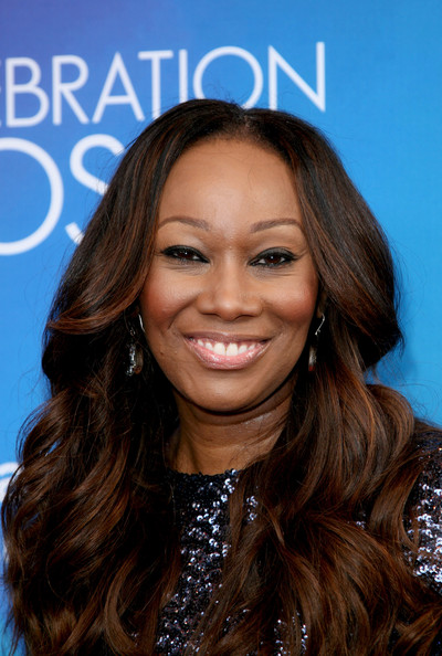 Yolanda Adams Clothes