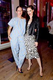For her footwear, Coco Rocha chose a pair of PVC mules.