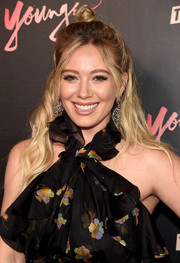 Hilary Duff was a boho cutie with her half-up knot at the premiere of 'Younger' season 4.