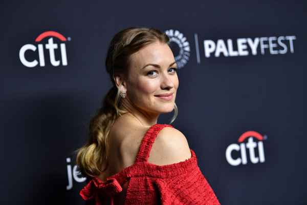 Yvonne Strahovski Ponytail [the handmaids tale,hair,red,beauty,hairstyle,premiere,fashion,carpet,flooring,red carpet,dress,arrivals,yvonne strahovski,los angeles,paleyfest los angeles,dolby theatre,california,hollywood,paley center for media,paleyfest]