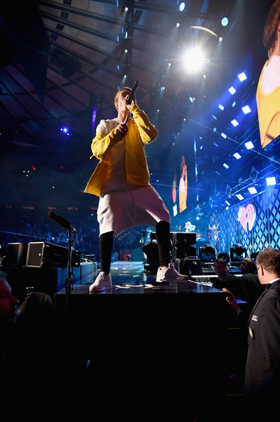 More Pics of Justin Bieber Running Shoes (1 of 125) - Justin Bieber Lookbook - StyleBistro [jingle ball 2016,show,performance,entertainment,stage,performing arts,concert,music,event,music artist,public event,sky,justin bieber,madison square garden,new york new york,z100]