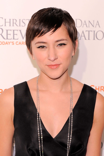 Zelda Williams Pixie [hair,face,hairstyle,chin,bangs,beauty,forehead,lip,black hair,pixie cut,zelda williams,new york marriott marquis,new york city,christopher dana reeve foundation,red carpet,the new york marriott marquis,a magical evening 20th anniversary gala]