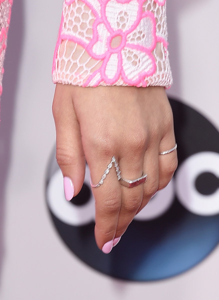 Zendaya Coleman Diamond Ring [pink,nail,finger,hand,jewellery,nail care,fashion accessory,ring,footwear,material property,arrivals,zendaya,american music awards,ring detail,los angeles,california,microsoft theater]
