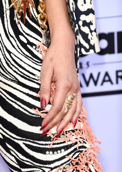 Zendaya Coleman Nail Art [fashion model,nail,fashion,nail care,dress,finger,jewellery,joint,fashion accessory,hand,arrivals,zendaya,billboard music awards,jewelry detail,las vegas,nevada,mgm grand garden arena]