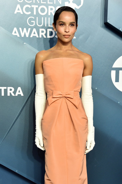 Zoe Kravitz Full Sleeve Gloves [fashion model,dress,clothing,shoulder,fashion,cocktail dress,hairstyle,joint,fashion design,fashion show,arrivals,zoe kravitz,screen actors guild awards,screen actors\u00e2 guild awards,the shrine auditorium,los angeles,california,jennifer garner,screen actors guild awards,red carpet,sag-aftra,celebrity,los angeles,red carpet fashion,fashion,actor]