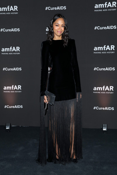 Zoe Saldana Leather Clutch [fashion,dress,event,fashion design,outerwear,carpet,long hair,flooring,formal wear,premiere,zoe saldana,eugenio l\u00e33pez,collector,fashion,celebrity,mexico city,house,amfar,gala dinner,fashion show,celebrity,fashion show,fashion,socialite,model,runway,haute couture,carpet,fashion model,dating]
