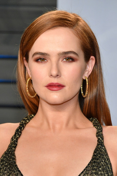 Zoey Deutch Gemstone Hoops [oscar party,vanity fair,hair,face,hairstyle,lip,blond,eyebrow,beauty,chin,skin,brown hair,beverly hills,california,wallis annenberg center for the performing arts,radhika jones - arrivals,radhika jones,zoey deutch]