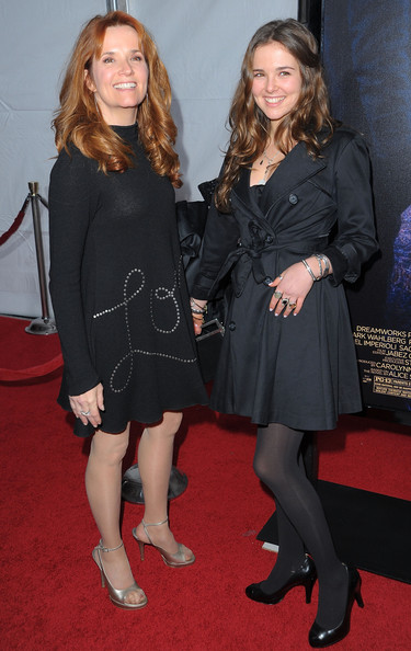 Zoey Deutch Trenchcoat [the lovely bones,clothing,little black dress,dress,fashion,leg,tights,carpet,premiere,event,flooring,zoey deutch,lea thompson,grauman,chinese theatre,california,hollywood,paramount pictures,premiere,premiere]