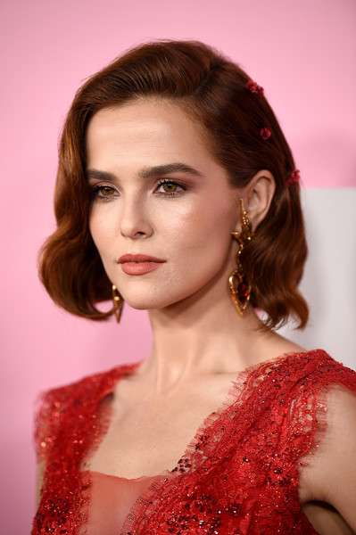 Zoey Deutch Short Wavy Cut