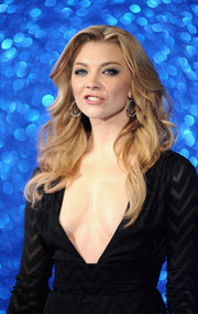 Natalie Dormer looked fab wearing this long wavy 'do at the 'Zoolander No. 2' London fan screening.