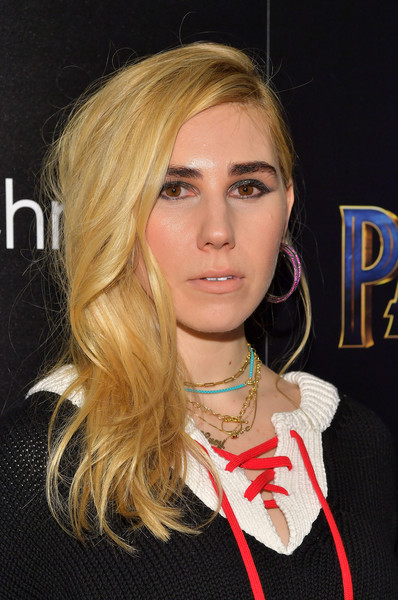 Zosia Mamet Side Sweep [cinema society hosts a screening,black panther,hair,face,blond,hairstyle,lip,eyebrow,chin,beauty,layered hair,long hair,zosia mamet,screening,new york city,marvel studios,the cinema society]