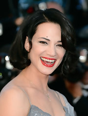 Asia Argento chose a bouncy bob for her fun and flirty red carpet look at Cannes.