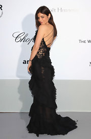 Julia was absolutely breathtaking in a black ruffle and lace evening gown at the amfAR Gala.