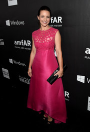 Kristin Davis went for ultra-feminine elegance at the amfAR Inspiration Los Angeles dinner in a fuchsia Monique Lhuillier gown with a lattice-like bodice.