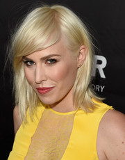 Natasha Bedingfield looked edgy-chic with her platinum-blonde layers and side-swept bangs at the amfAR Inspiration LA Gala.