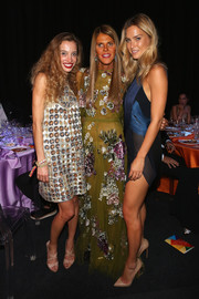 Anna dello Russo looked like fashion royalty in an olive-green sequin gown by Valentino during the amfAR Milano Gala.