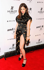 Julia donned an Asian inspired black evening dress for the amfAR Fashion Week kick-off.