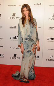 Elisa Sednaoui looked exquisite in this draped gown with a Chinese art motif.