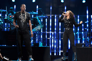 Alicia Keys Jay-Z iHeartRadio Music Festival - Day 1 - Show