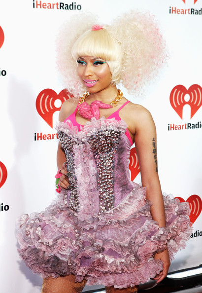More Pics of Nicki Minaj Stage Makeup (4 of 18) - Nicki Minaj Lookbook - StyleBistro