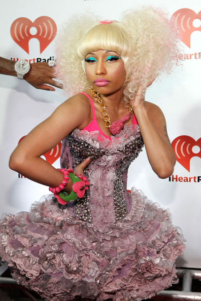 More Pics of Nicki Minaj Stage Makeup (8 of 18) - Nicki Minaj Lookbook - StyleBistro