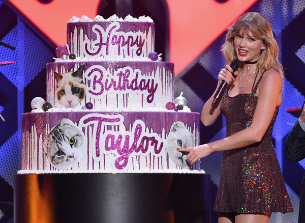 More Pics of Taylor Swift Sequin Dress (5 of 21) - Dresses & Skirts Lookbook - StyleBistro [performance,pink,stage,talent show,fashion,event,pop music,singer,singing,performing arts,birthday cake,new york city,capital one,iheartradio,taylor swift,z100 jingle ball]