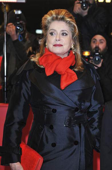 More Pics of Catherine Deneuve Evening Coat (1 of 17) - Catherine Deneuve Lookbook - StyleBistro