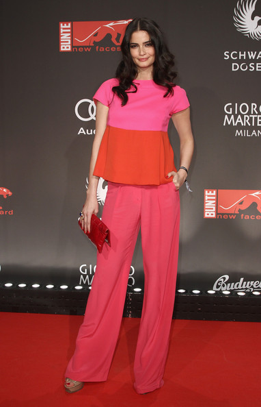 Shermine Shahrivar attended the New Faces Awards wearing a colorblock pantsuit.