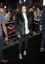 Jessica Szohr teamed her chic coat with black slacks.