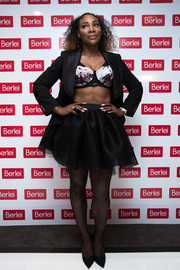 A cute black tutu skirt completed Serena Williams' look.