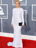 Who was best dressed at the 2012 Grammy Awards?