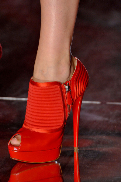 Alexandre Vauthier at Couture Fall 2011 (Details)