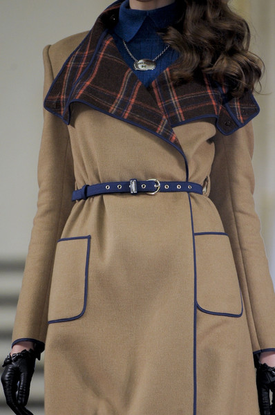 Alexis Mabille at Paris Fall 2011 (Details)