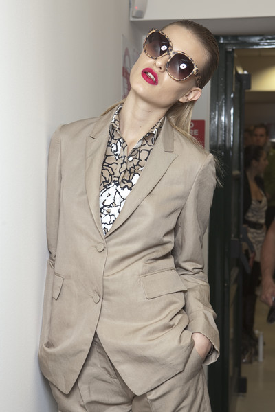 Alviero Martini at Milan Spring 2011 (Backstage)