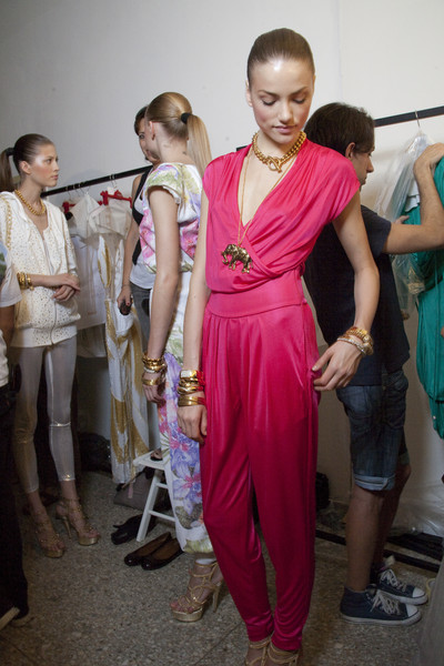 Angelo Marani Spring 2010 - Backstage