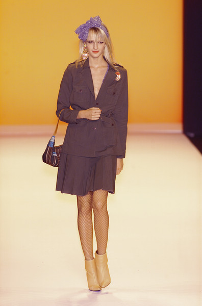Anna Sui at New York Spring 2001
