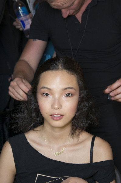 Anna Sui at New York Spring 2014 (Backstage)