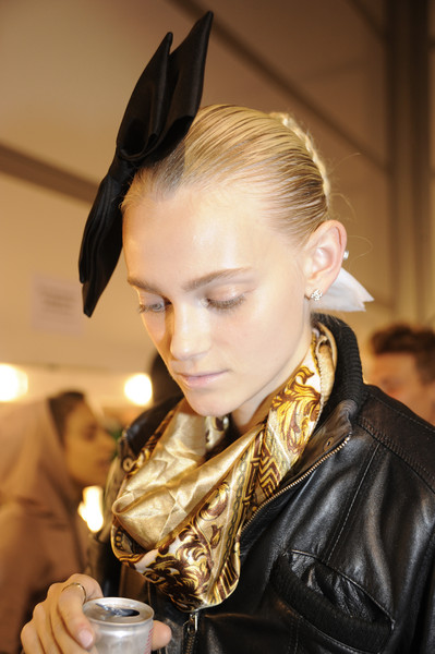 Bora Aksu at London Spring 2009 (Backstage)