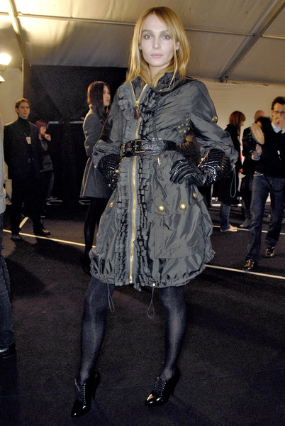 Burberry Prorsum Fall 2007 - Backstage