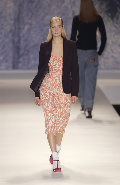 Cacharel Fall 2002