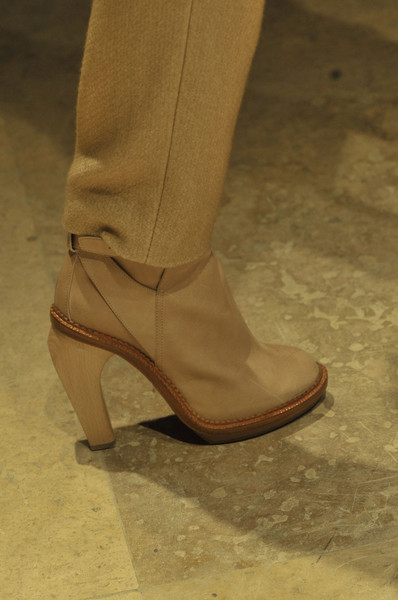 Cacharel at Paris Fall 2011 (Details)