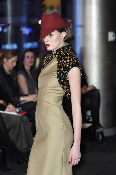 Carmen Marc Valvo Fall 2010