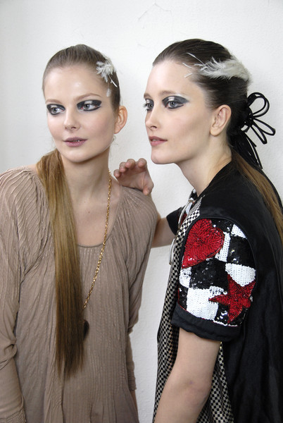 Chanel Spring 2007 - Backstage