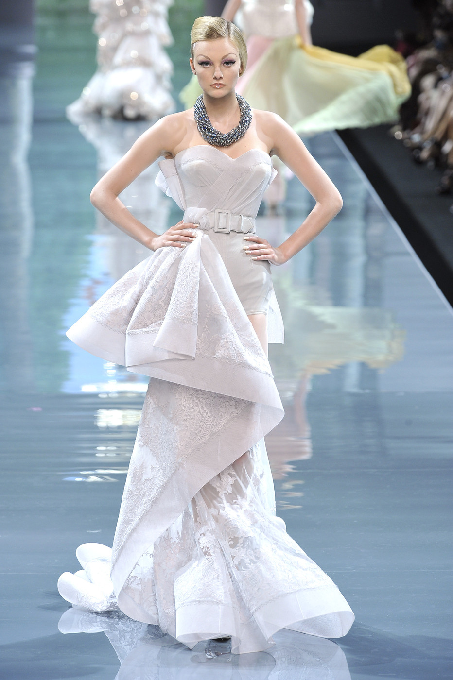 Christian dior couture fall 2008 the most mind blowing for Haute couture list