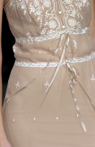 Collette Dinnigan Spring 2004 - Details
