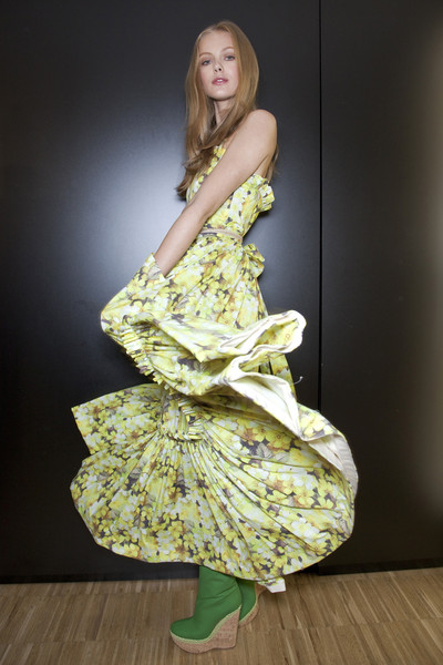D&G Spring 2011 - Backstage