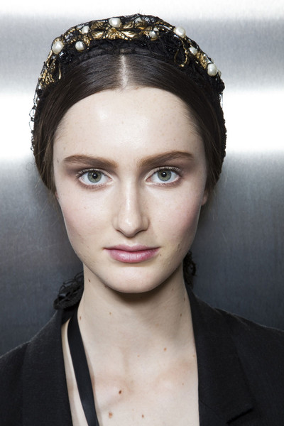 Dolce & Gabbana Fall 2012 - Backstage