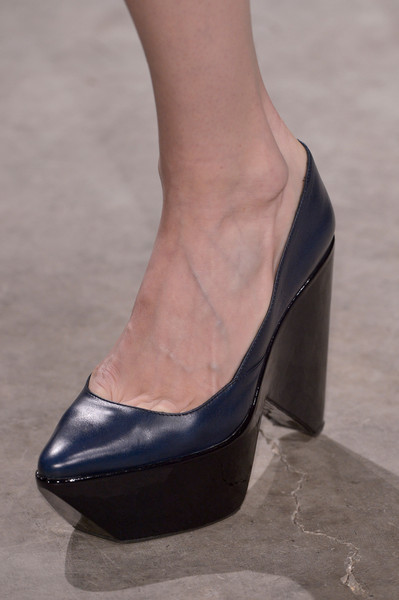 Felipe Oliveira Baptista at Paris Fall 2013 (Details)